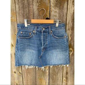 LEVI'S raw hem denim button fly mini skirt